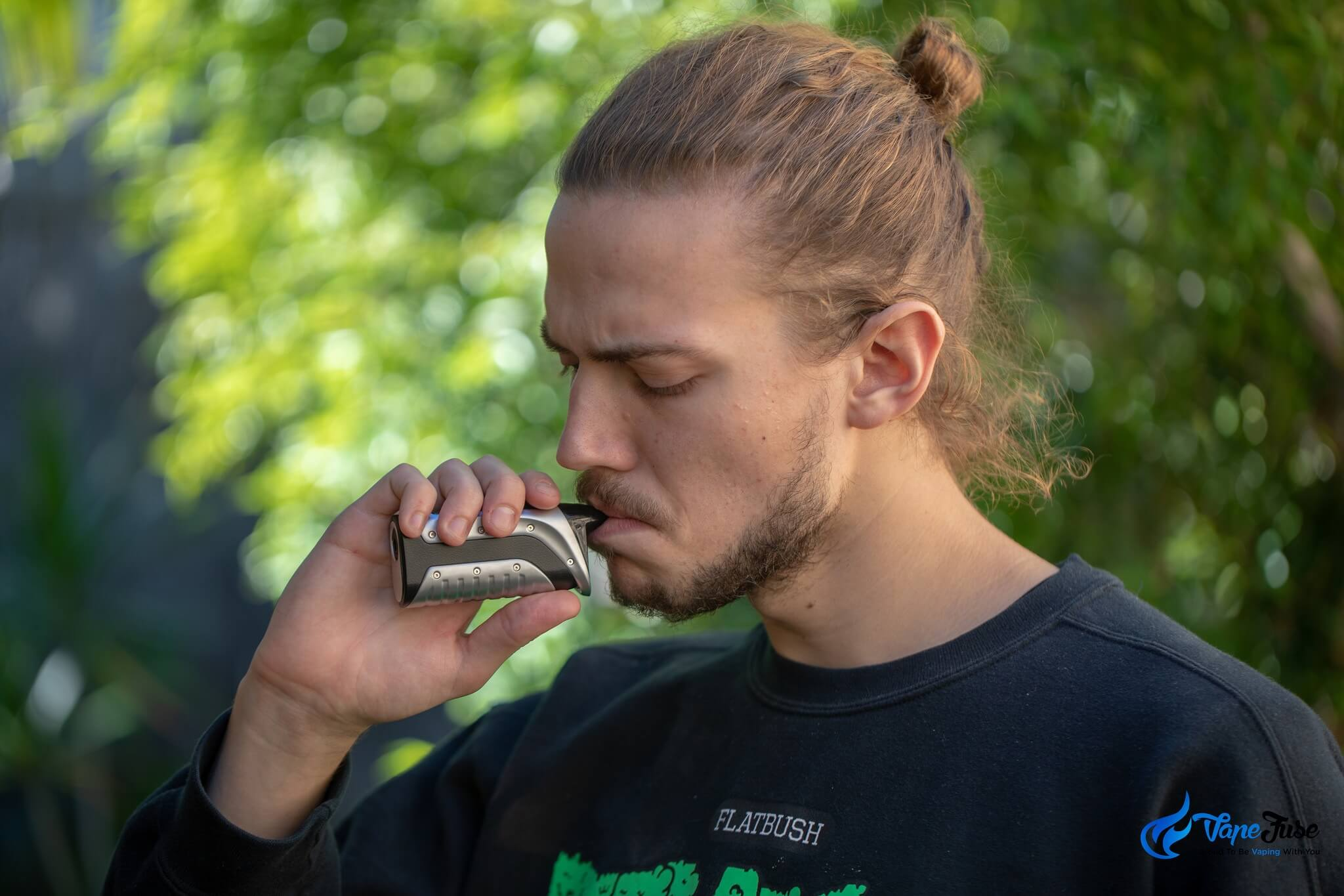 10 Reasons to Ditch the Bong and Start Vaping - Friendly Aussie Buds
